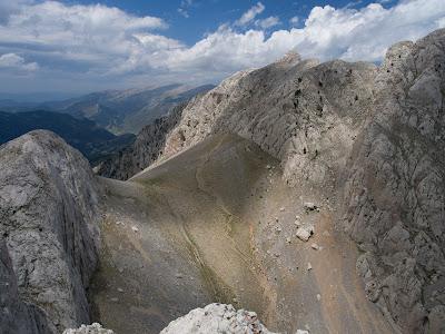 El Fals Pollegó Inferior, l'Enforcadura i el Pollegó Superior del Pedraforca
