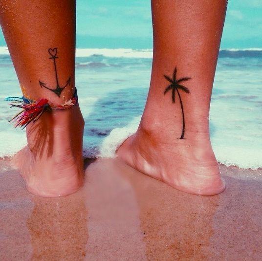 ncora_e_palmeira_tornozelo_tatuagens