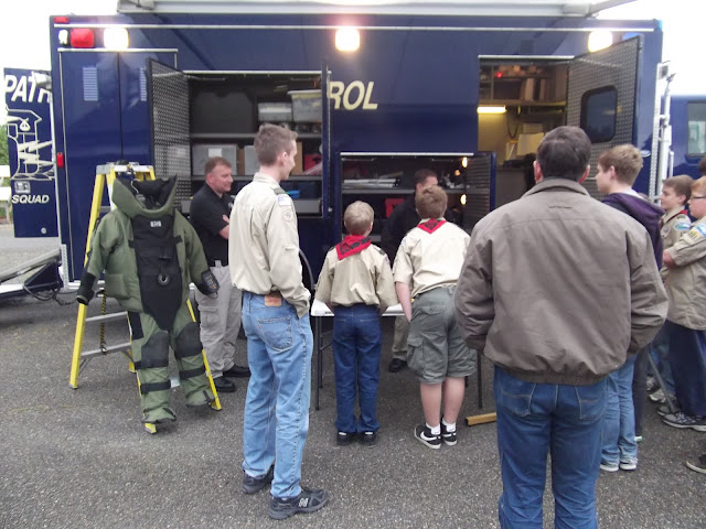 2011 Drug Talk and Bomb Squad - DSCF0606.JPG