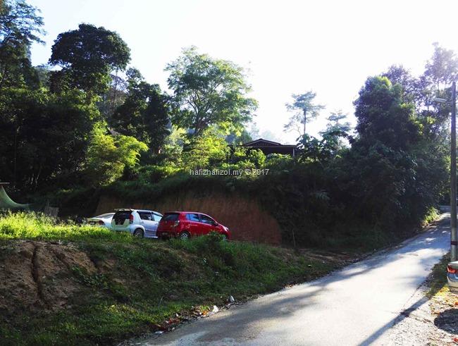 parking bukit batu condong