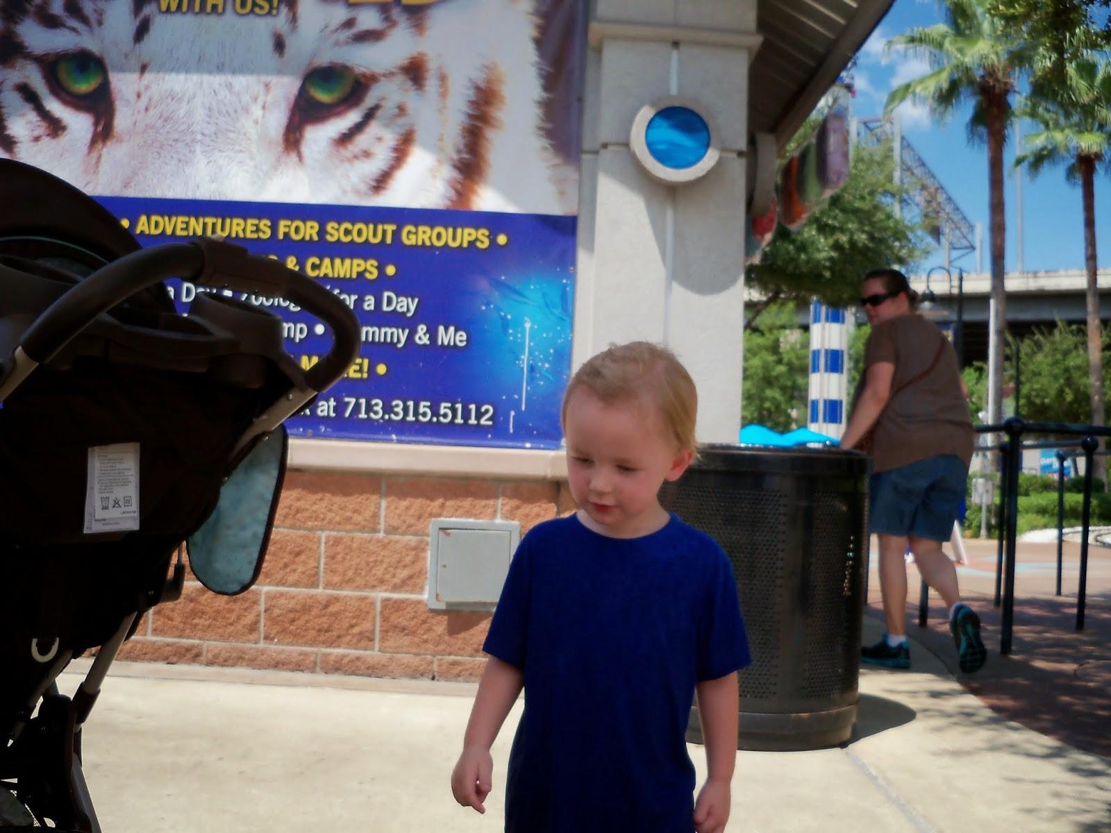 Downtown Aquarium - 116_4124.JPG
