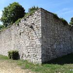 Ancien château : tour Thibaut