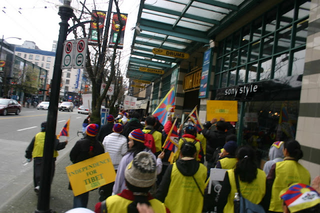 Global Protest in Vancouver BC/photo by Crazy Yak - IMG_0180.JPG