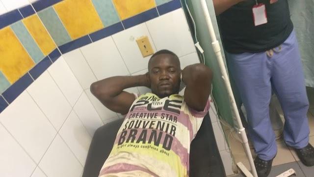 Hombre se mutila el pene de un disparo.