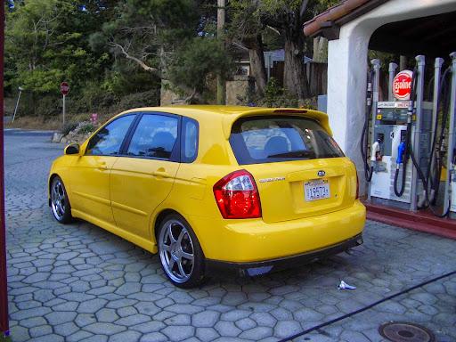 2005 Kia Spectra5 Review