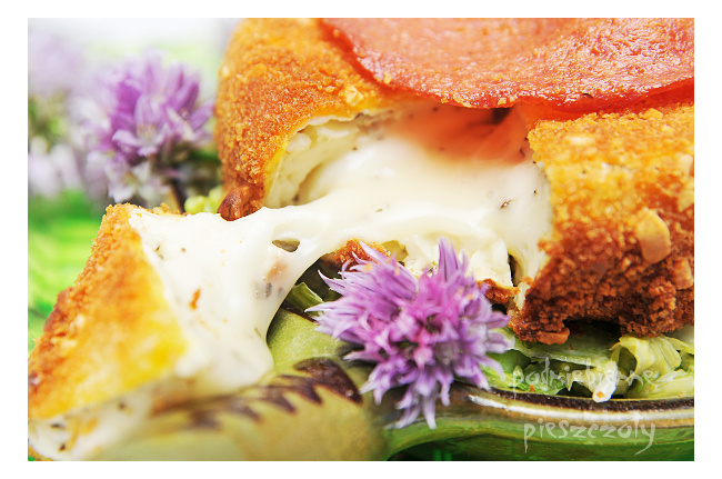 Camembert w orzechowej, chrupiącej panierce