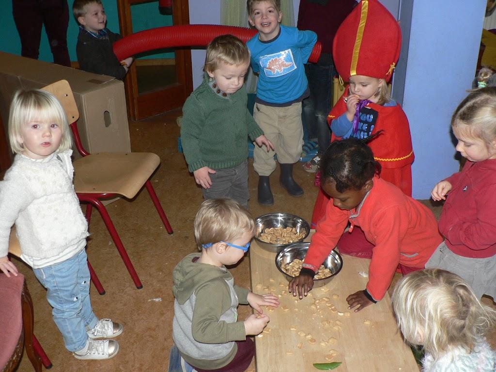 Sinterklaas op bezoek - P1270250.JPG