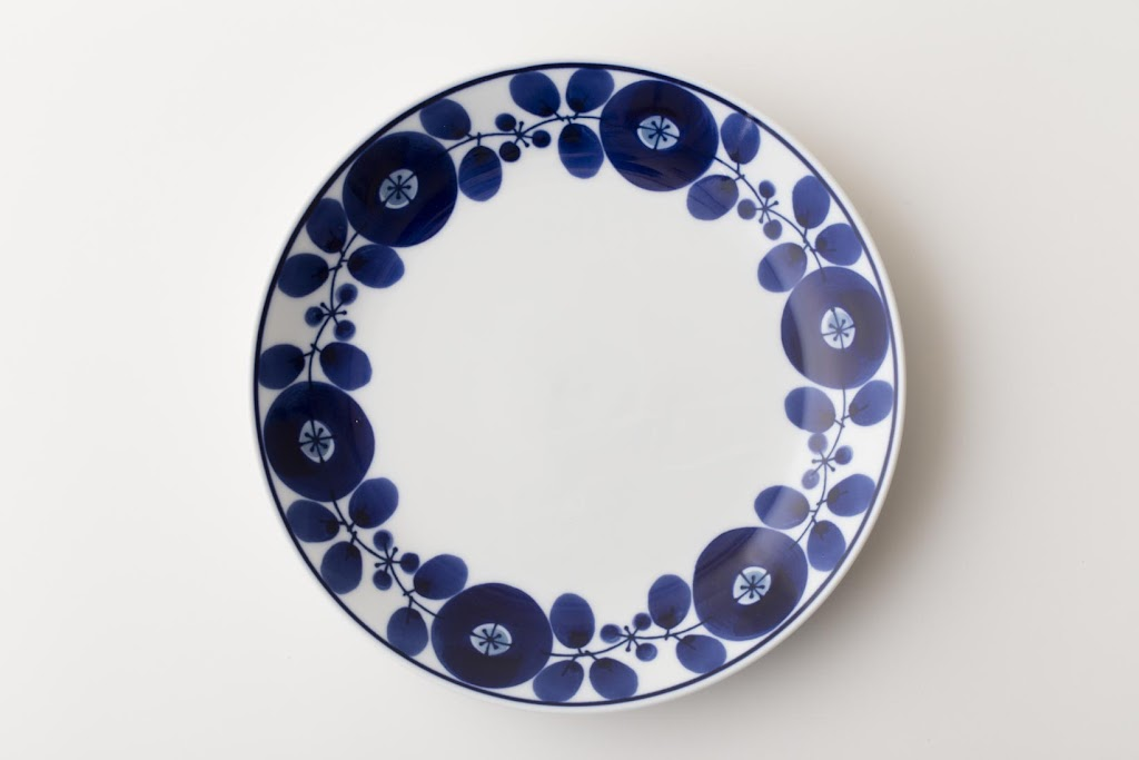 Bloom Wreath Porcelain Plate M