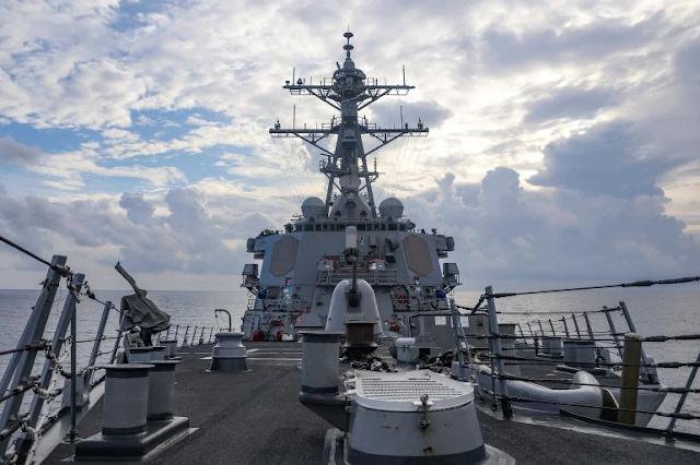 China Military 'drove Away' US Warship In South China Sea