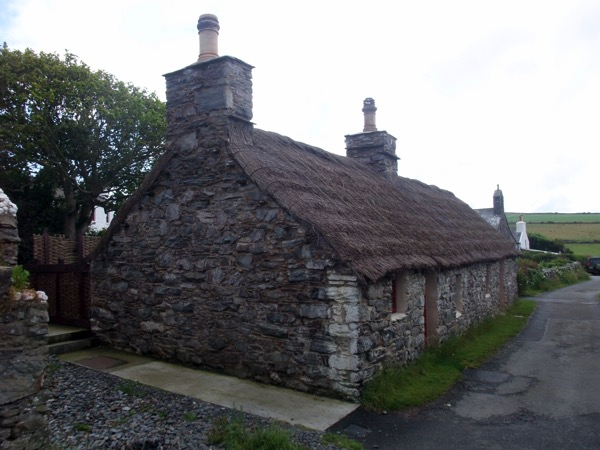 Ned Begs Cottage with Reed Roof