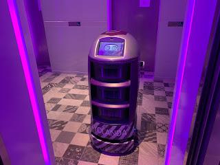 YOTEL autonomous robot Yolanda wants to enter the elevator