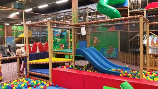 mannkidu kinderwelt gmbh rheingoldstra e 211 68199 mannheim deutschland indoorspielplatz. Black Bedroom Furniture Sets. Home Design Ideas