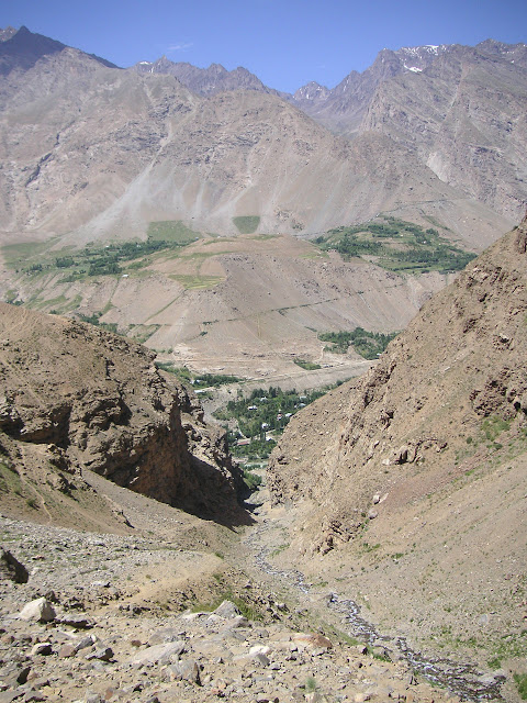 Vallon de Sangou-Dara, à l'est de Khorog, Pamir, Tadjikistan, 30 juillet 2007. Photo : F. Michel