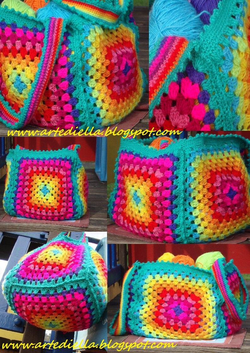 Le fragole di stoffa borsa arcobaleno di lana all for Schemi borse uncinetto