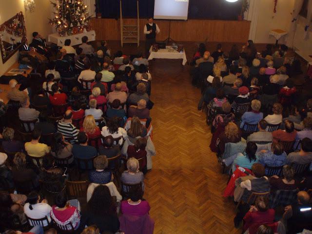 4.1.2012 -přednáška otce Engelmana o výchově dětí - P1040981.JPG