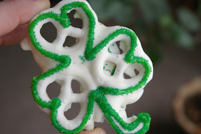 St. Patricks Day Shamrock Pretzels