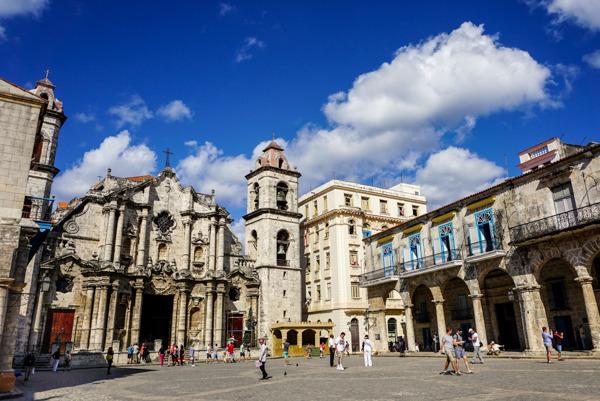 photo 201412-Havana-OldHavana-48_zps5afjslri.jpg