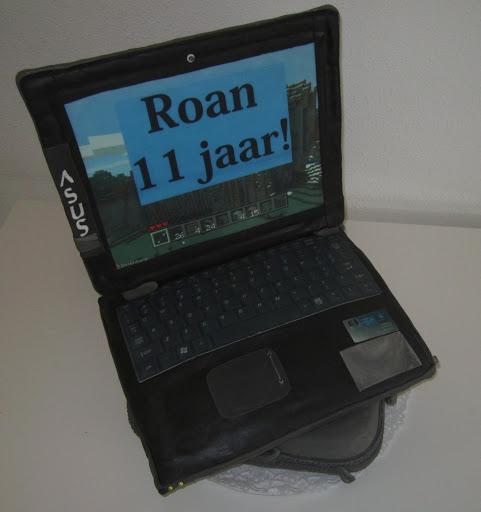 844- Laptop taart Roan.JPG