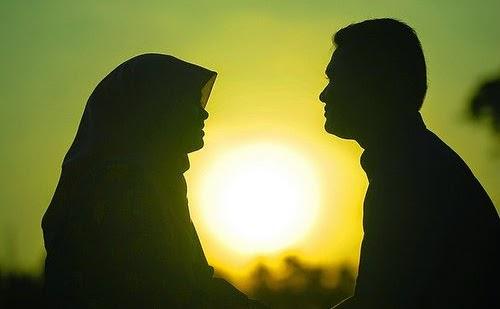 Janganlah Mengeluh Wahai Para Istri.