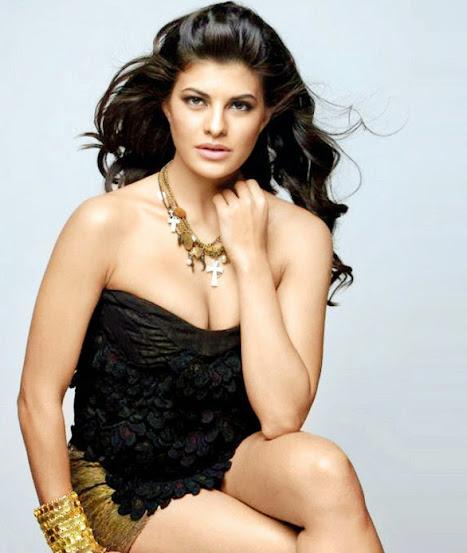 Sonakshi Sinha Hot Bikini Pics