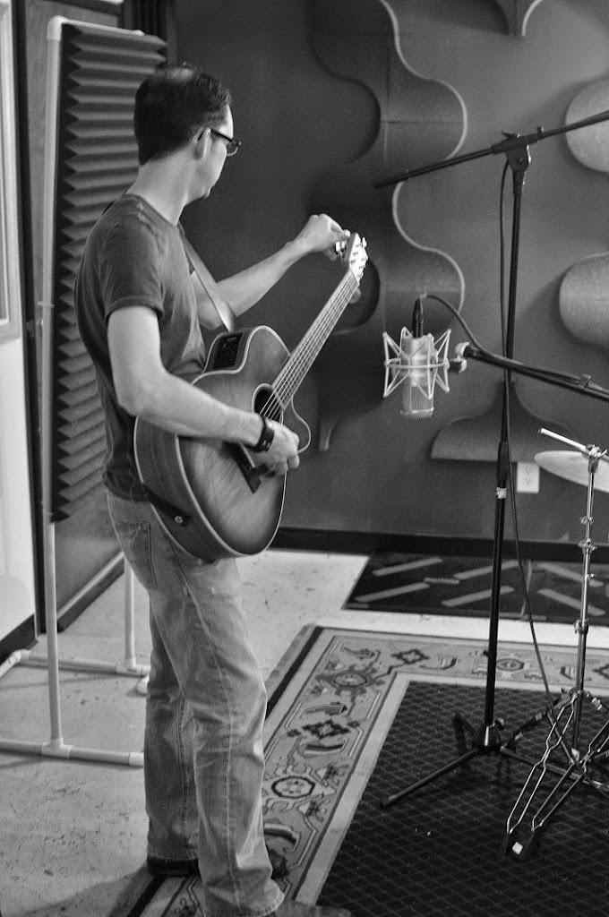War Radio at Music Garage (18)