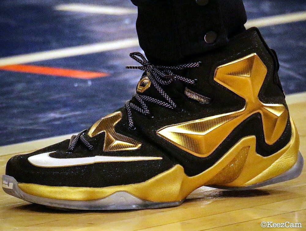 29293709df9aa6 King James Wears Pure Gold LeBron 13 PE in Win at MSG ...