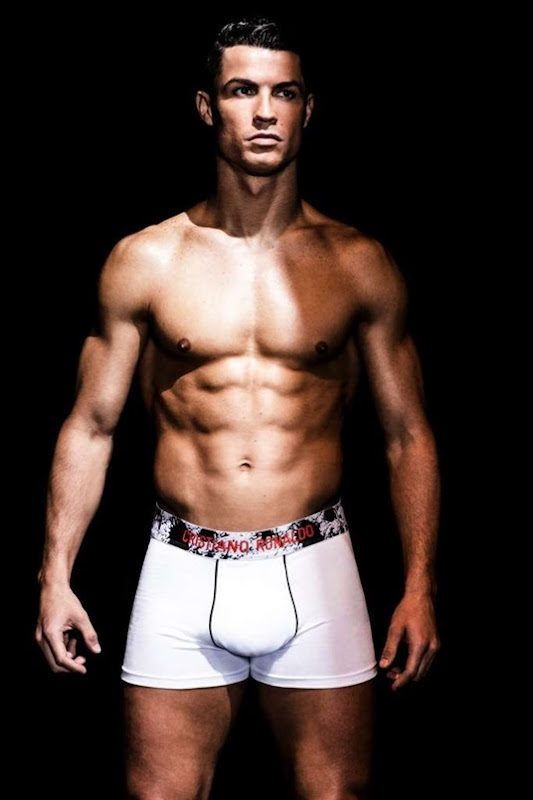 Cristiano-Ronaldo-Unveils-His-6th-CR7-Underwear-Collection-160816-01