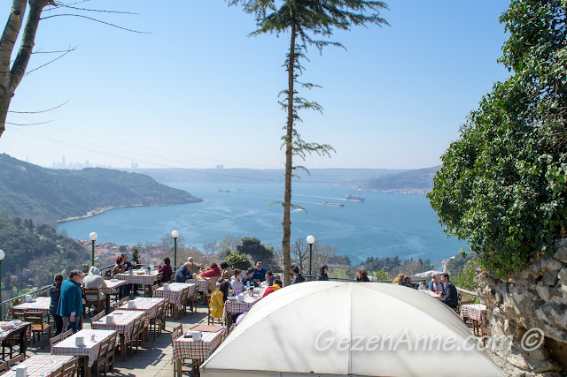 Yoros Cafe ortamı, Yoros Kalesi Anadolu Kavağı