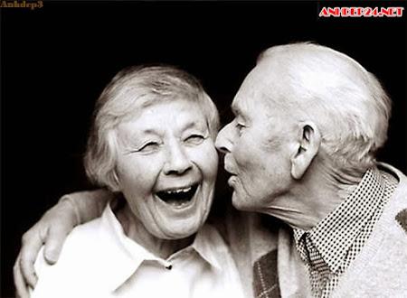 Nụ cười của người già