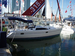 Catalina 315  The New Catalina 5 Series Standout Debut at the Miami Boat Show