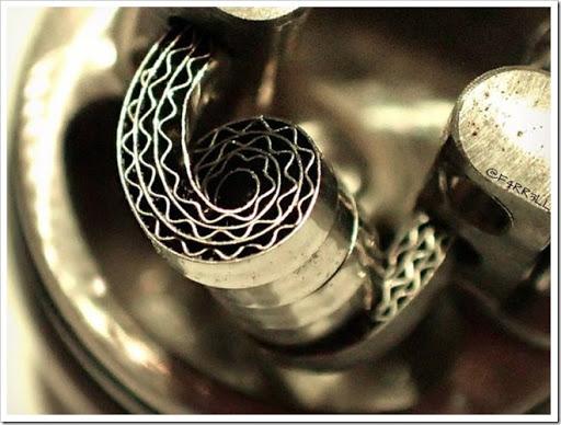 4df09ba78e7cdfdf90011eda01783d88 thumb%25255B3%25255D - 【ビルド】コイルが奏でるVAPEの芸術「コイルアート」写真集【Art of Coil】