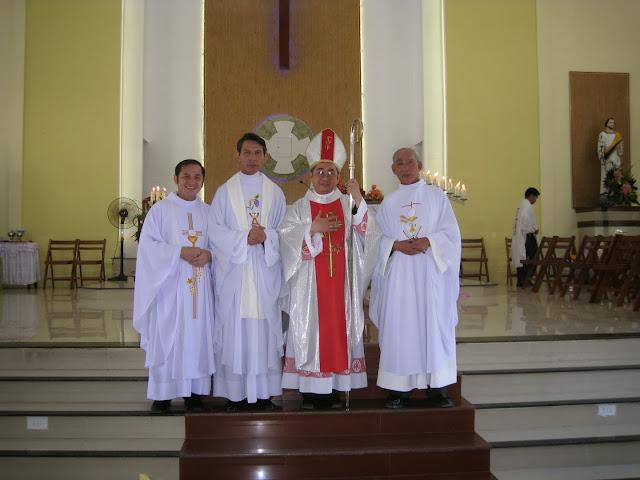 Thánh lễ tạ ơn và bổ nhiệm Cha tân quản xứ Bắc Vĩnh Phanxicô Xaviê Trần Quang Láng