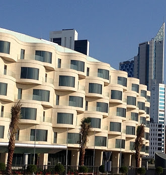 Neubau an der Arabian Gulf Street, Kuwait