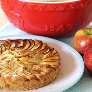 Vegan Apple and Cinnamon Cake.
