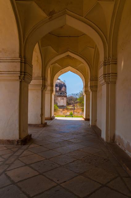 Hyderabad - Rare Pictures - b551b743a205790f69c4db41bb6b44386d1610df.jpg