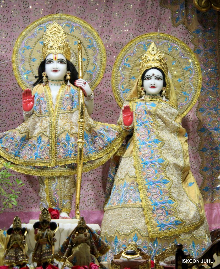 ISKCON Juhu Mangal Deity Darshan on 24th Oct 2016 (3)