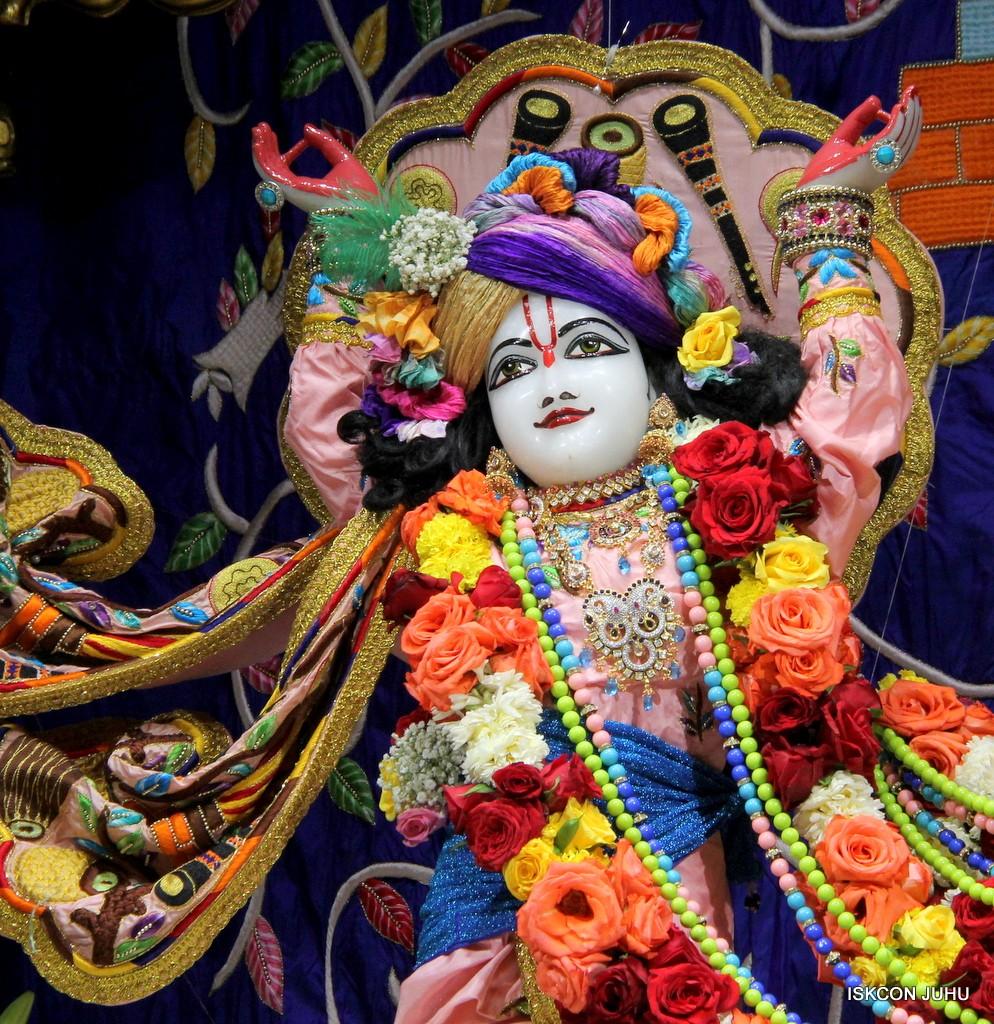 ISKCON Juhu Sringar Deity Darshan 10 Jan 2017 (65)