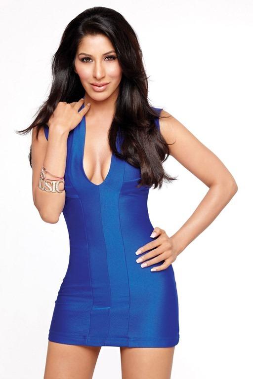 Sophie Chaudhary (36)