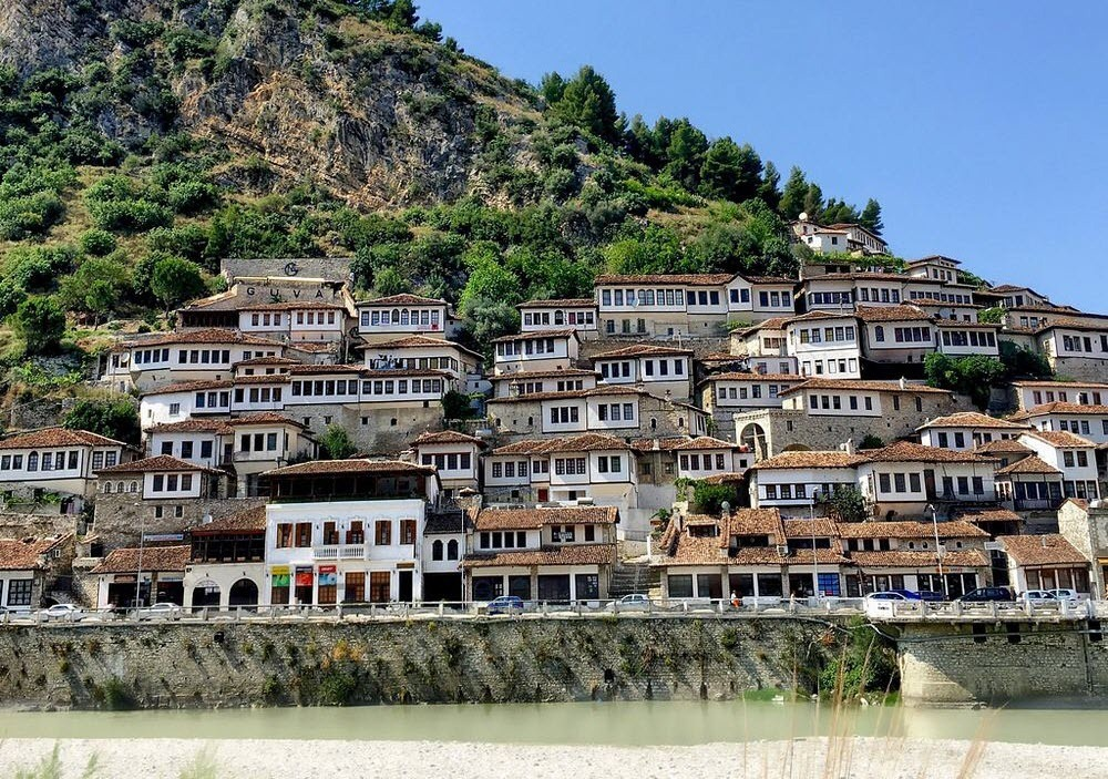 berat-thousand-windows-7