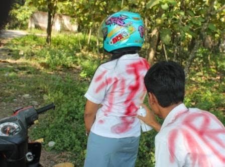 Berita foto dan Video terkini Sinar Ngawi: Aksi corat-coret saat pengumuman kelulusan ujian nasional sudah mentradisi