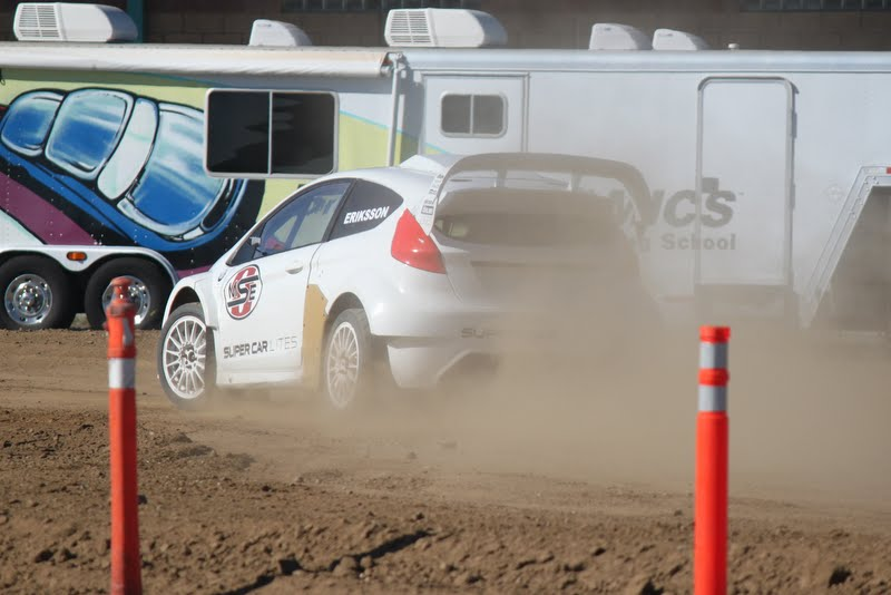 Geoff in Supercar Lite through the dirt section