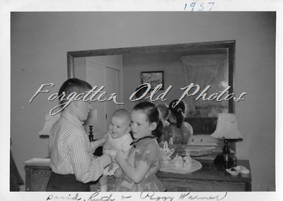 Warner kids 1957 March Moorhead ant Number 2085