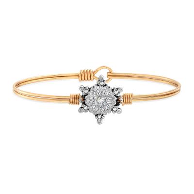 Sparkling snowflake bangle bracelet