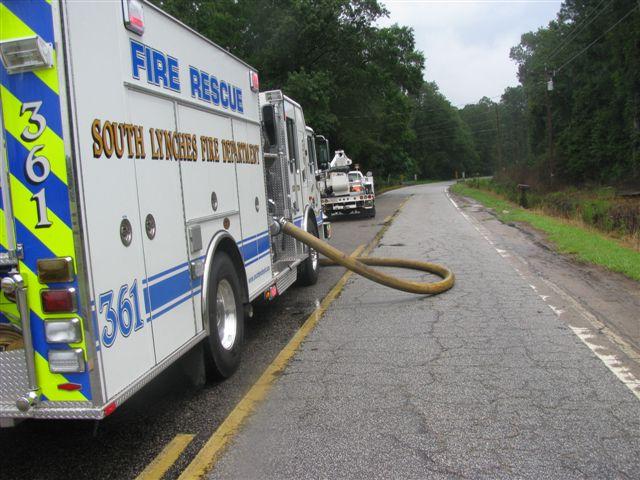 Friendfield Rd. Auto Repair Shop Fire 029.jpg