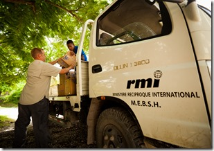 RMI delivering food, Uttley