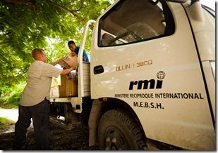 RMI delivering food, Uttley