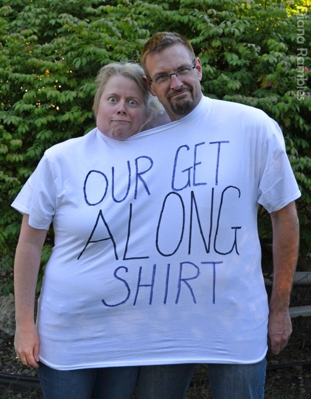 our-get-along-shirt-couple-halloween-costume
