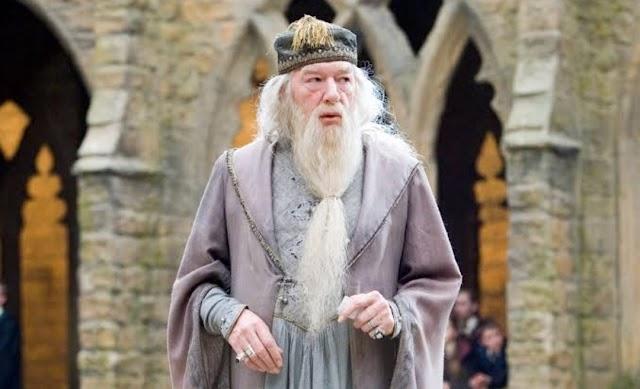 Teoria odiada por J.K. Rowling: Dumbledore teria criado sua própria Horcrux