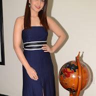 Rashi Khanna at HITAM College Event (15).JPG