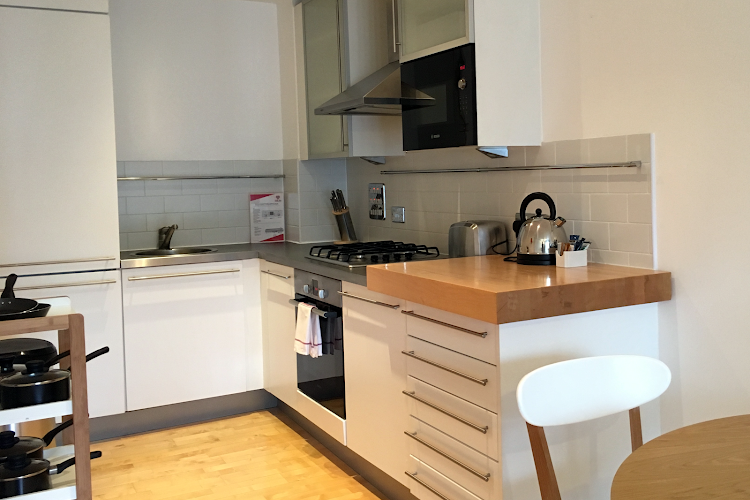 Fully equipped kitchen at Farringdon Executive